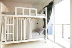 普吉岛床箱旅馆(Bedbox Hostel)